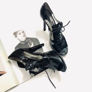 Gianni Bini Patent Leather Lace Up Heels Black 8.5